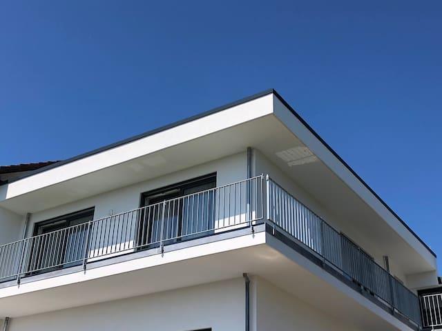 Moderne Wohnung mit Bergsicht