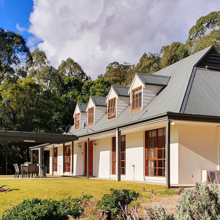 Hunter Valley Estate: wifi, wine tours & breakfast