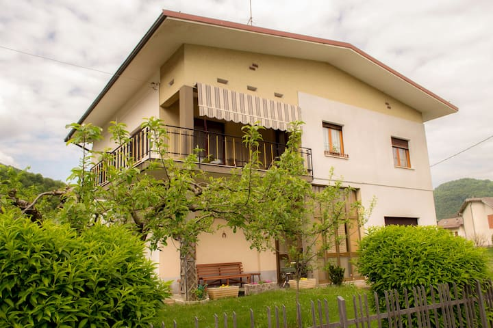 Wonderful Villa with Garden Ideal for Families
