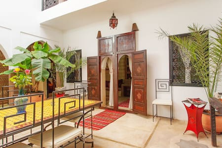 Riad au cœur de Médina de Marrakech groupe 10 Pax* - Marrakech Menara