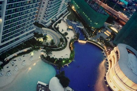 Azure Urban Resort Residences RW 2-Bedroom Unit - Condominium