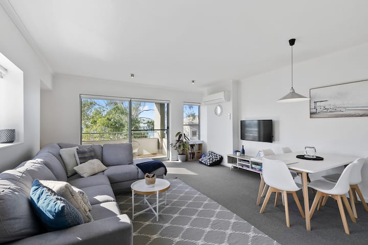 Grange 235 - Lorne Holiday Stays