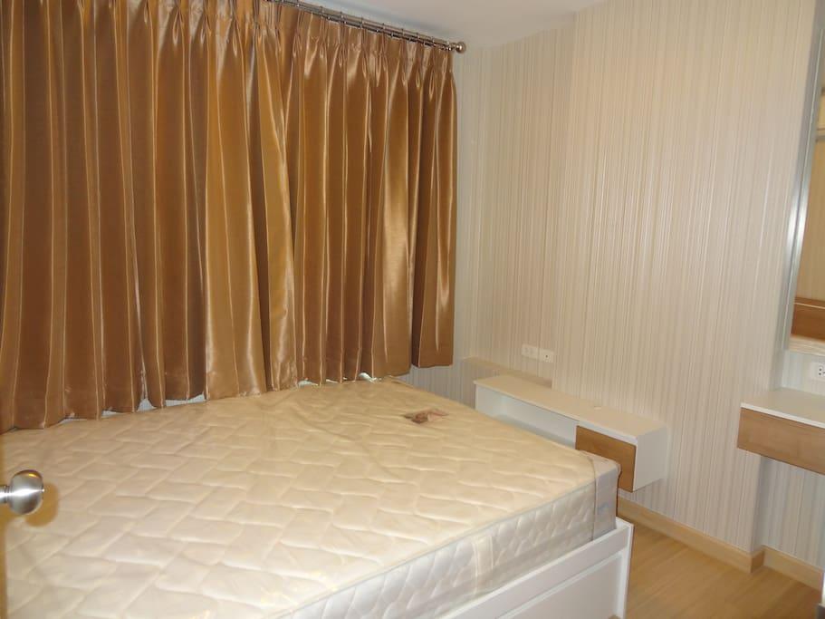 5 feet Bed