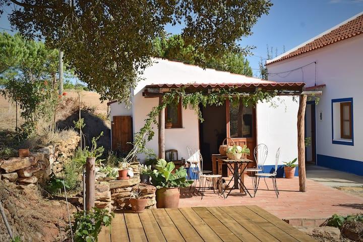 A Quintinha - Peaceful Cottage