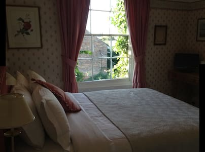 Double room with large bathroom - Romney Marsh - Bed & Breakfast