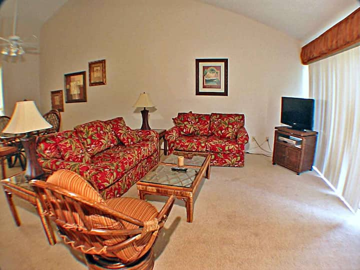 Lake Forest 3304 - Sea Pines One Level Condo