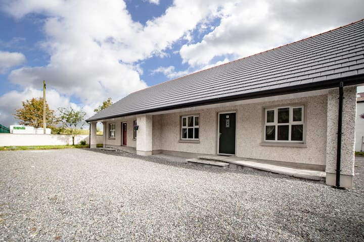 Allistragh Self Catering Cottage B