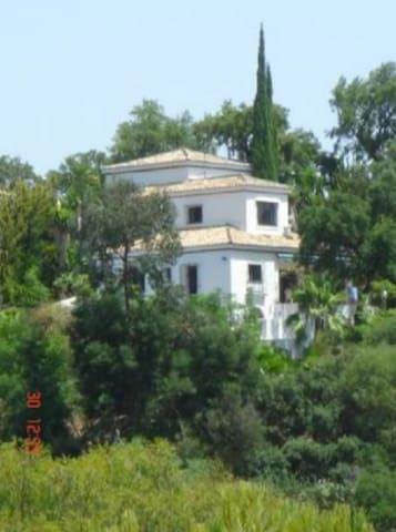 Peaceful Spanish Villa