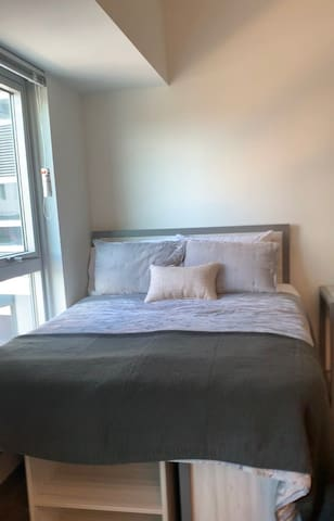 LUXURY STUDIO NEAR CENTER CITY!