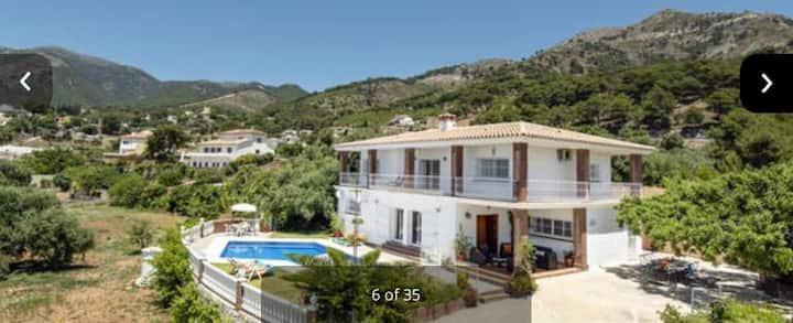 Villa Sol y Montaña