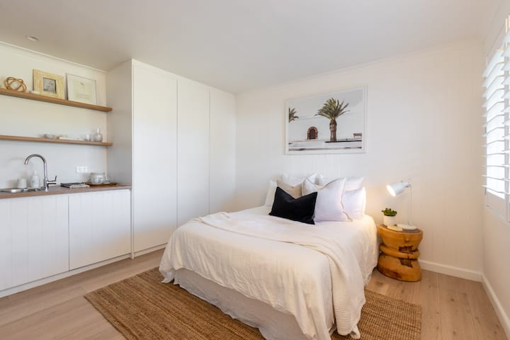 Beautiful Boutique style Studio,Northern Beaches