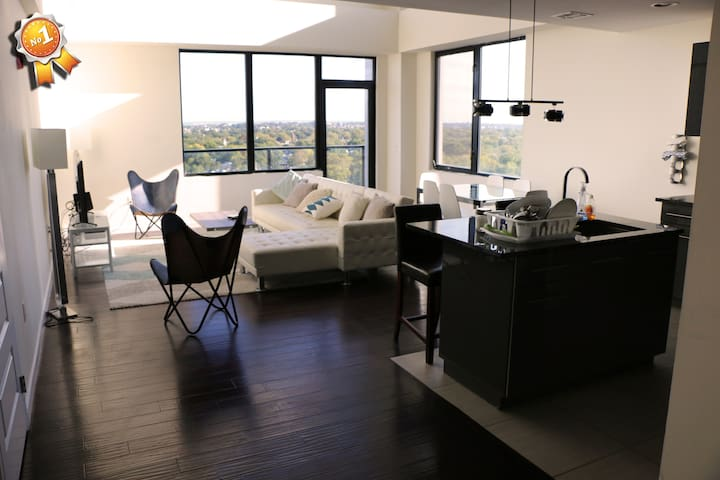 2 Bedroom Penthouse/20 Minutes from NYC (Balcony) - East Orange - Pis