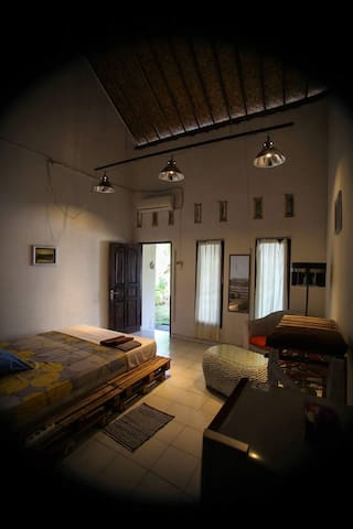 Private room in Bukit, 10 min from the beach