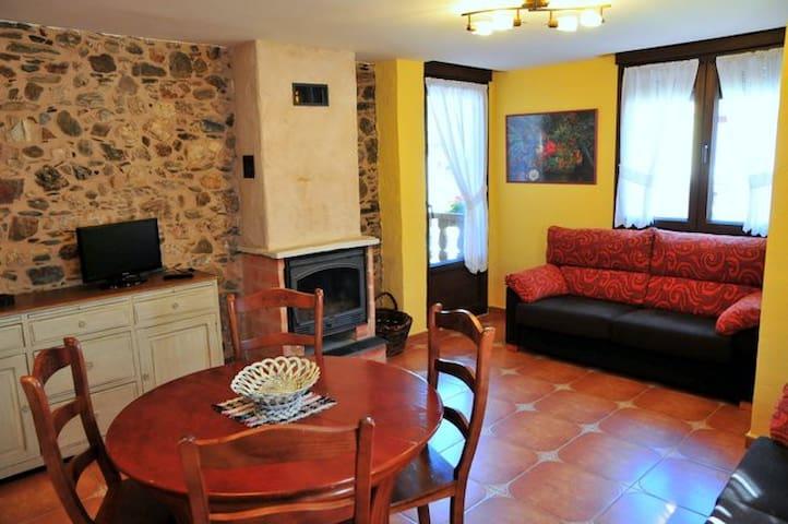 Casa rural La Casona.