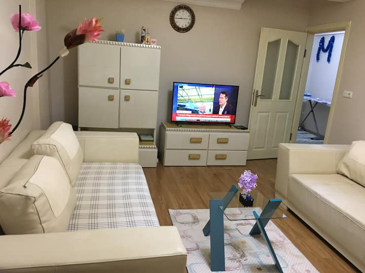 Lovely, Quiet private Room with balcony in Florya
