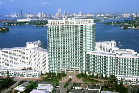 Amazing view from famous Flamingo - Miami Beach - Lägenhet