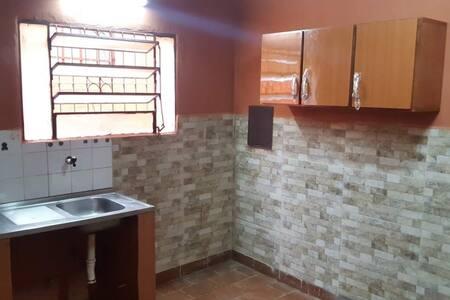 Casa antigua para vivienda u oficina