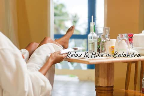 Relax and Hike in Balandra (Room #8)