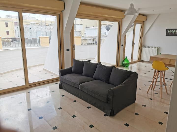 Rue Ragusa 4° piano Terrazza- Scardicchio Maisons