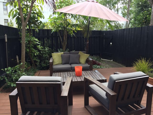 Sunny modern city pad Freemans Bay - Auckland - Apartment