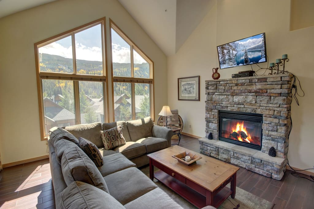 Flat screen television and gas fireplace.