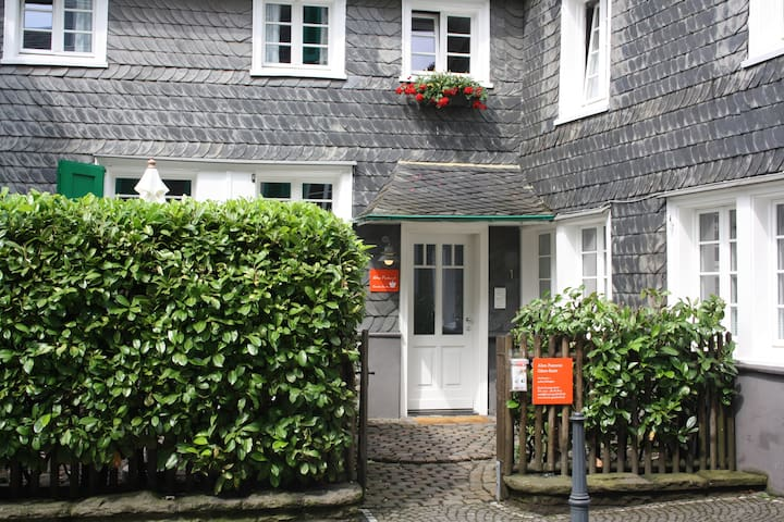 Luxuriöse Wohnung mit Whirlpool, free WiFi - Solingen - Pis