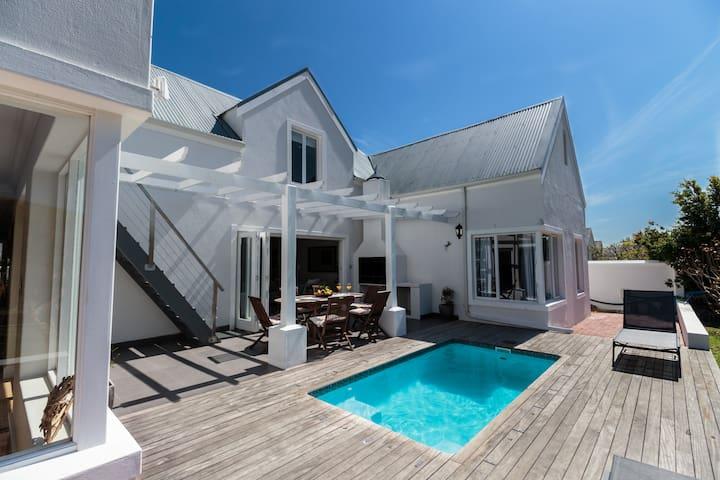 Modern deck, braai area and splash pool