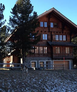 beautiful renovated chalet next to the Corvatsch - Silvaplana-Surlej - Blockhütte