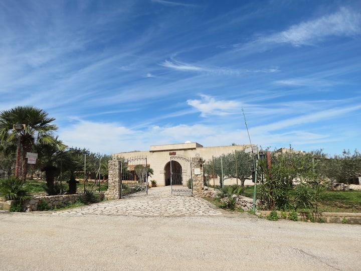 Appartamento in un tipico baglio siciliano