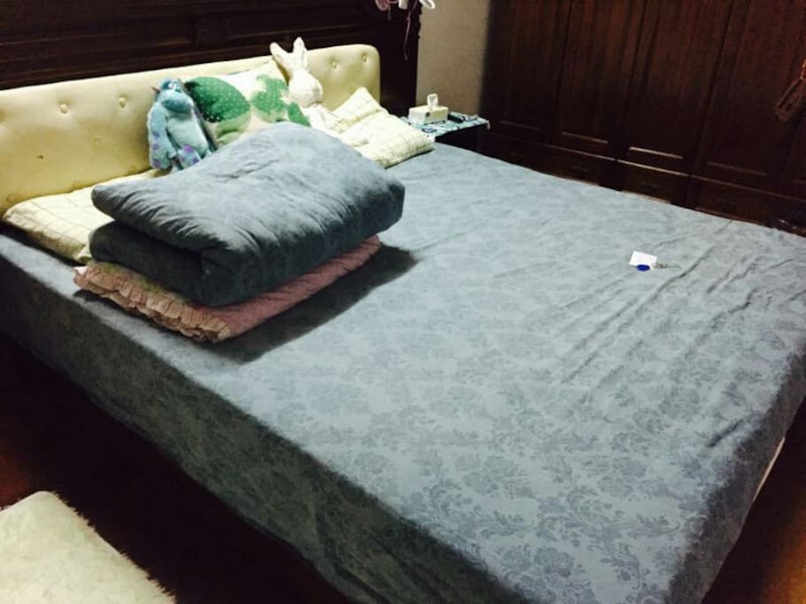 1.8m King size bed