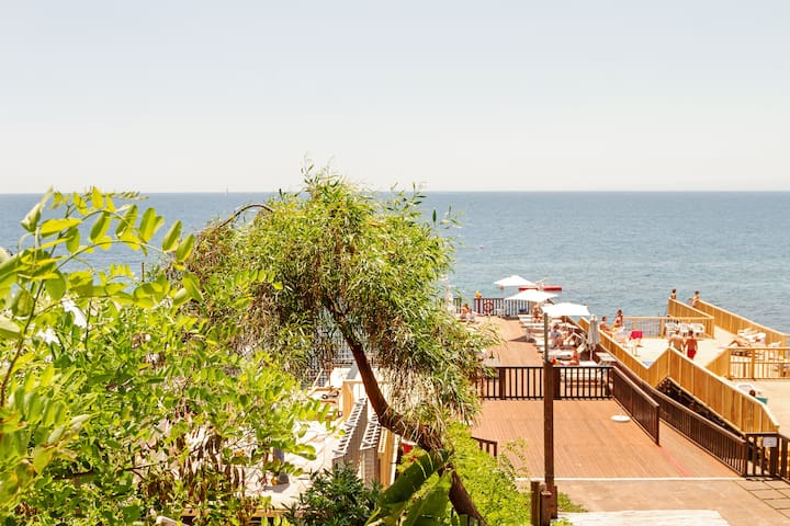 Le Palme x4 with Sea View! Parking included