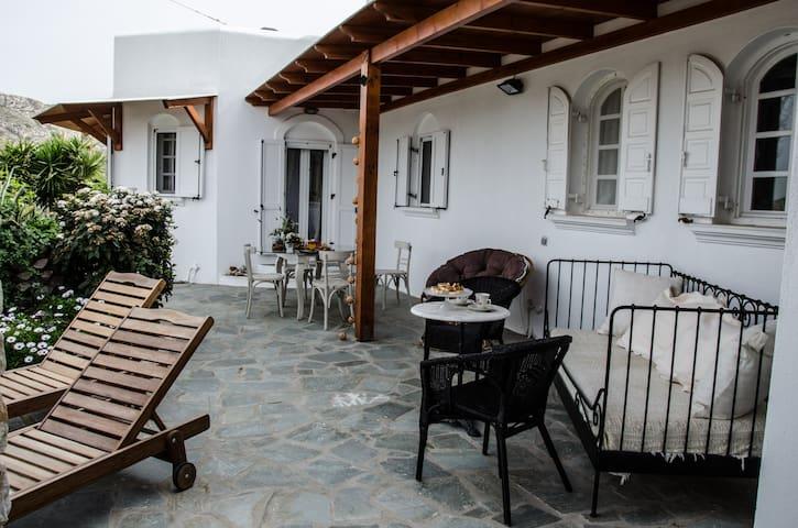 Lavender House in Parikia, Paros