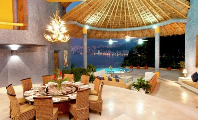 Beautiful private villa with the best view in town