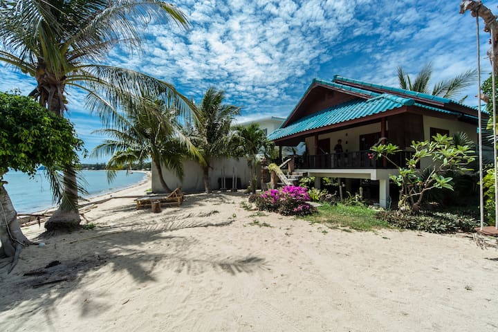 Rare Villa right on the beach!! - koh phangan - Rumah