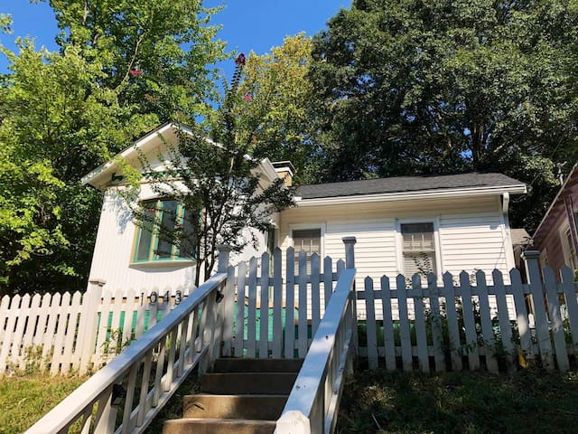 Walkable Bungalow btwn Midtown/Atl Station/GA Tech
