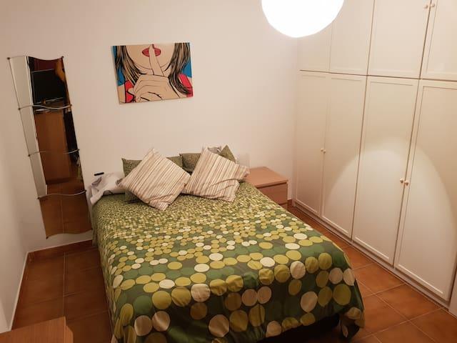 Bonita habitación en Los Boliches! | Nice room!
