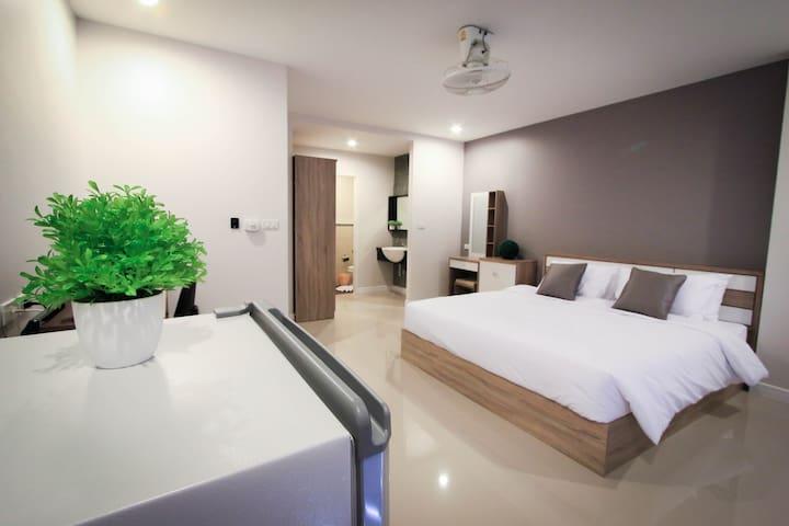 Freshy Apartment Double Free wifi@VipaHouse Phuket