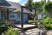 SeaSalt Cottage
