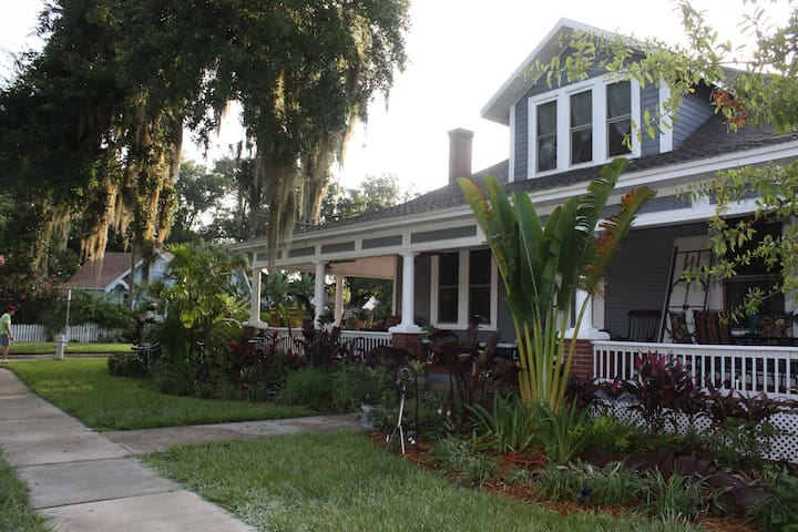 Kapp and Kappy is Kissimmee's only licensed Bed and Breakfast Inn