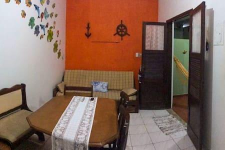 Casa em frente ao mar, Massaguaçu - Caraguatatuba.