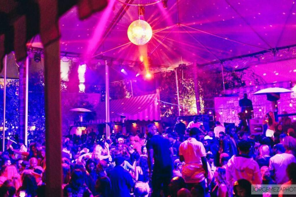 Le Jardin nightclub