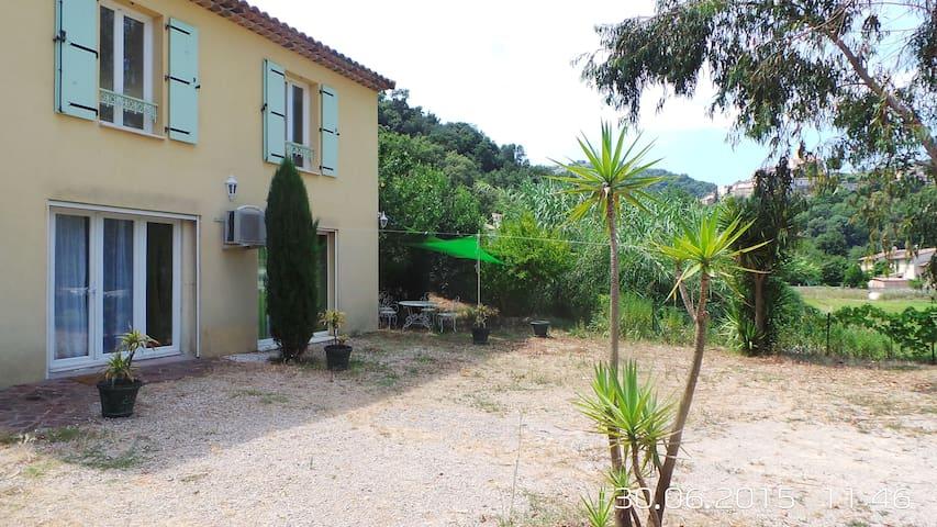 REZ DE JARDIN AU CALME - Auribeau-sur-Siagne - Wohnung
