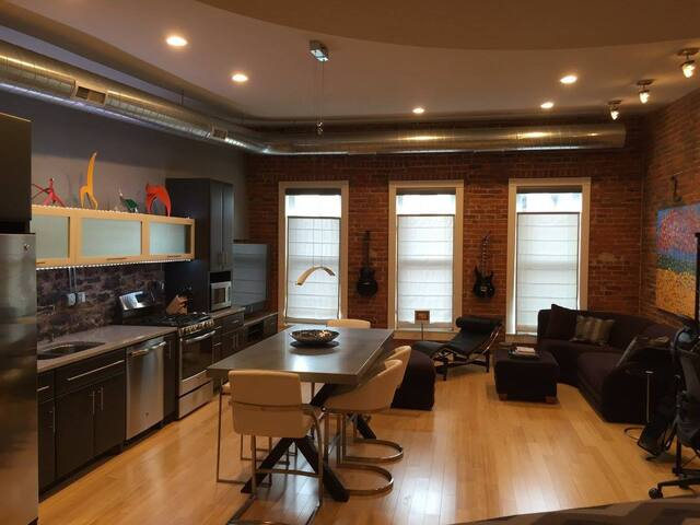Contemporary studio apartment in downtown Wabash