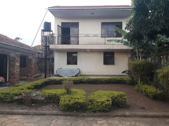 Muyenga Bukasa Villas