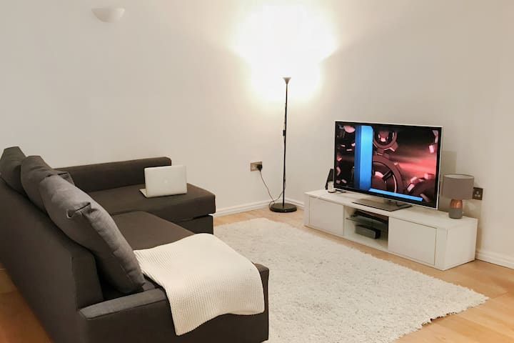 MODERN STUDIO APARTMENT IN CENTRAL LONDON HOLBORN!