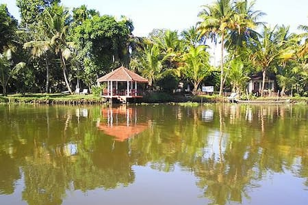 Pamba River view Single Cottage Twin Bed -1 - Kuttanad Taluk