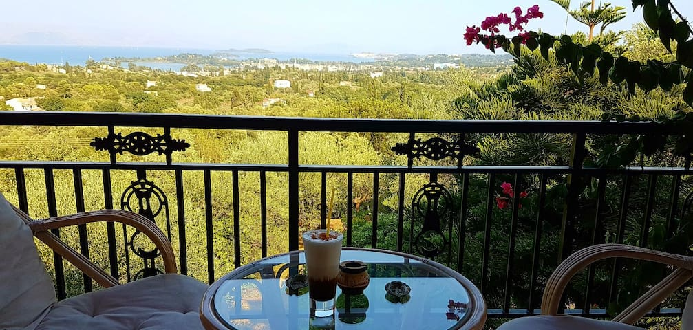 Panoramic View villa at Akrokefalo Gouvia