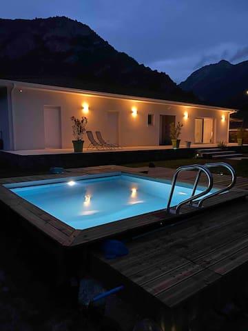 Villa au cœur des 3Vallées! Piscine chauffée