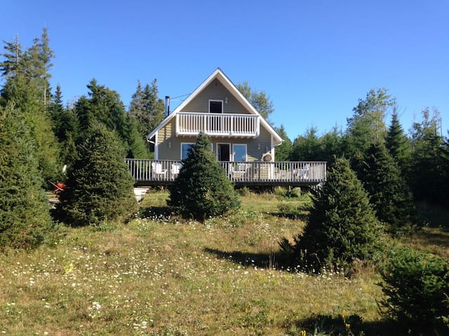 Quiet Place to Relax - Waterfront - Swimming - Lunenburg - House