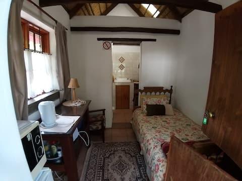 Rainhill Farm B&B: Mint Cottage